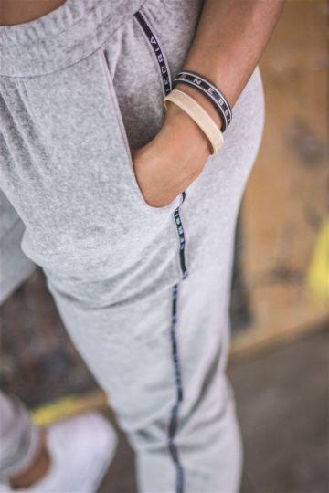 NEBBIA Velvet Boyfriend Damen Sporthose 649